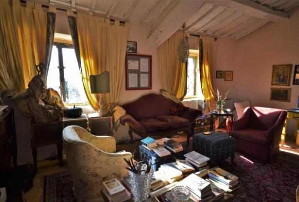 Fascinating 15th century farmhouse in splendid position OR6029M 12