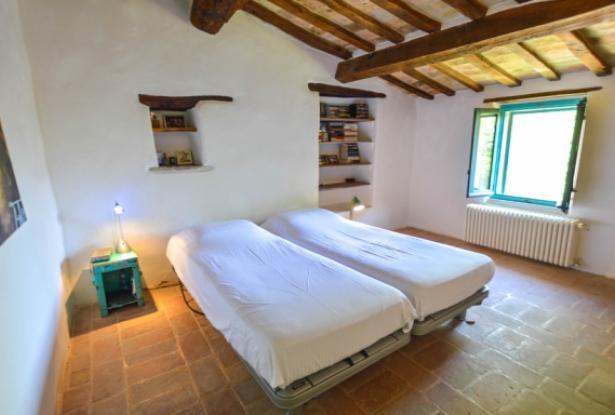 Superb Farmhouse With Views of Valle del Metauro, Le Marche 20