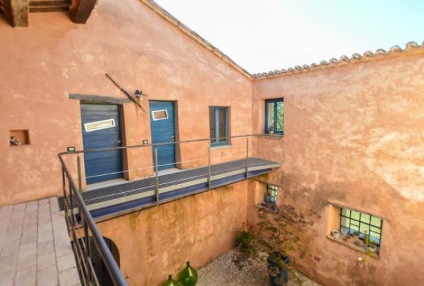 Superb Farmhouse With Views of Valle del Metauro, Le Marche 22