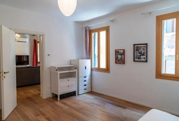 VENICE - San Polo district - three bedroom apartment- ref 164c 14