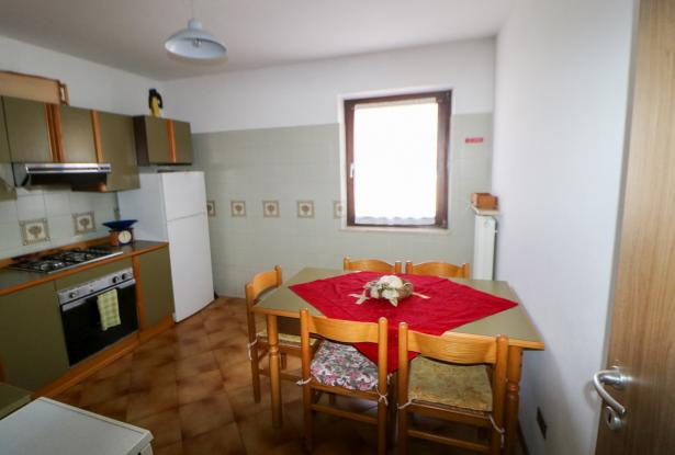 Riva del Garda apartment in Sant'Alessandro 19