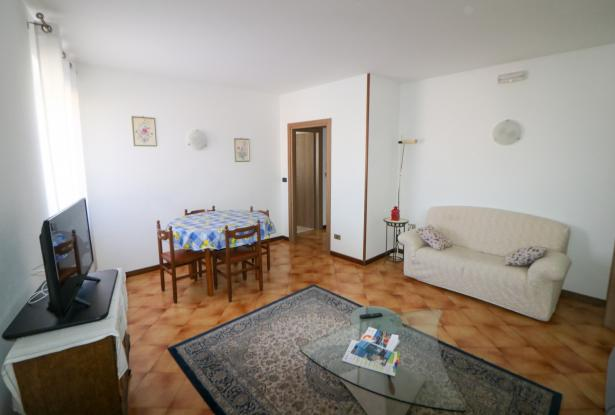 Riva del Garda apartment in Sant'Alessandro 5