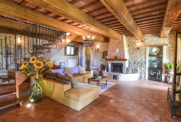 An Enviable Country Retreat That Will Inspire, Le Marche 15