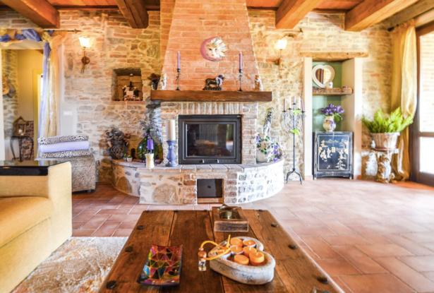 An Enviable Country Retreat That Will Inspire, Le Marche 16