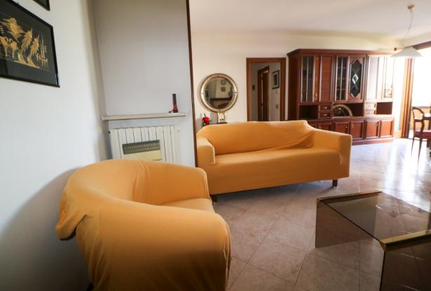 Desenzano two room apartment and garage 12