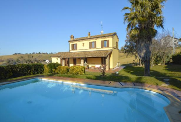 Family Villa With Pool In Le Marche Countryside 1