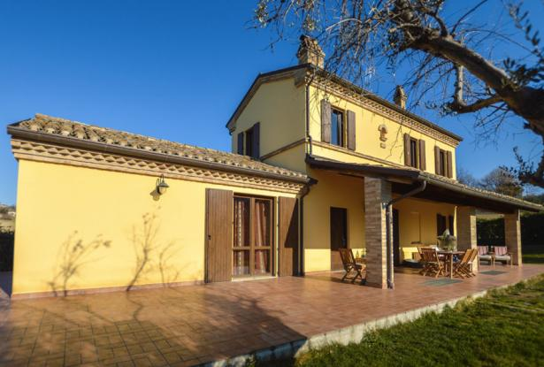 Family Villa With Pool In Le Marche Countryside 6