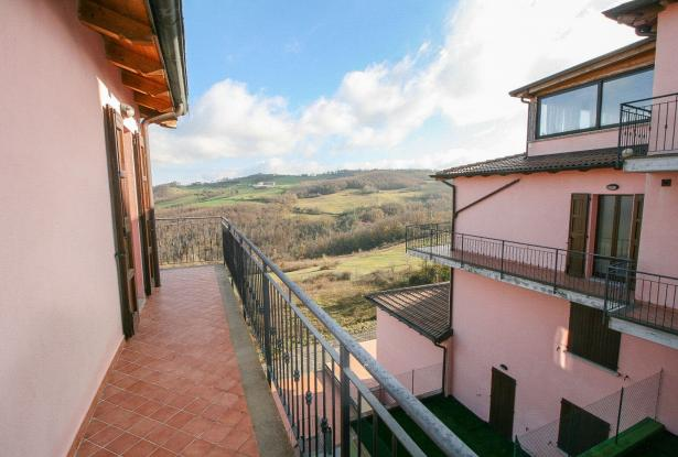 Zocca, large duplex with three bedrooms and panoramic balcony 45