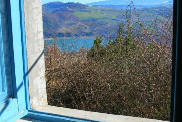 Detached of 90sqm, 2 bedroom with garden , fantastic lake view and peaceful area.  0