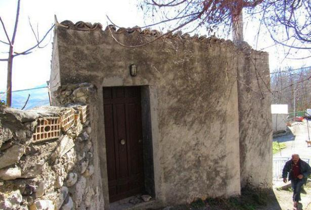 Detached of 90sqm, 2 bedroom with garden , fantastic lake view and peaceful area.  1