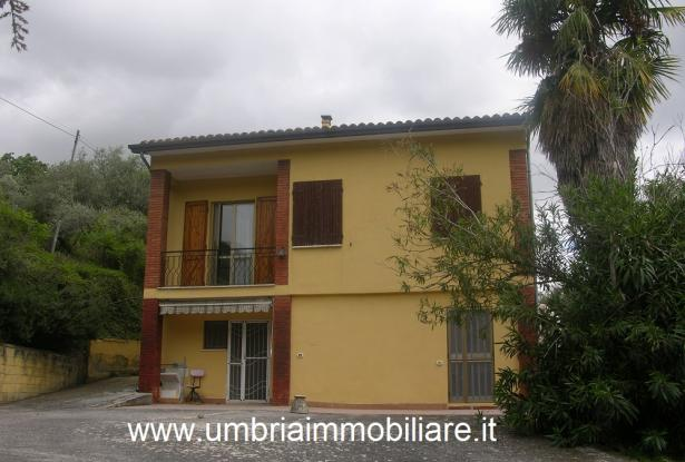 Ref. 157 villa - country house near to Cannara, Assisi and Perugia city 0