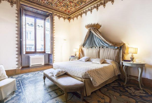 Luxurious Apartments With A View Of The Florence Duomo, Tuscany 12