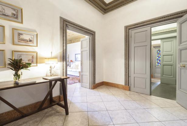 Luxurious Apartments With A View Of The Florence Duomo, Tuscany 8