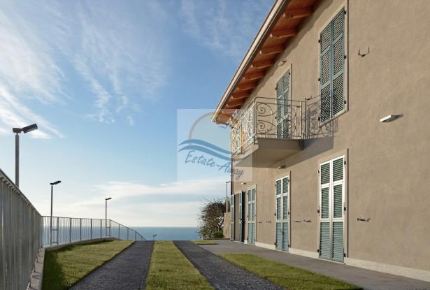 A1114 Villa with sea view for sale in Bordighera. 1