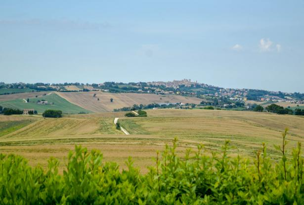 Premium Country Home With Outstanding 180° Views, Le Marche 32