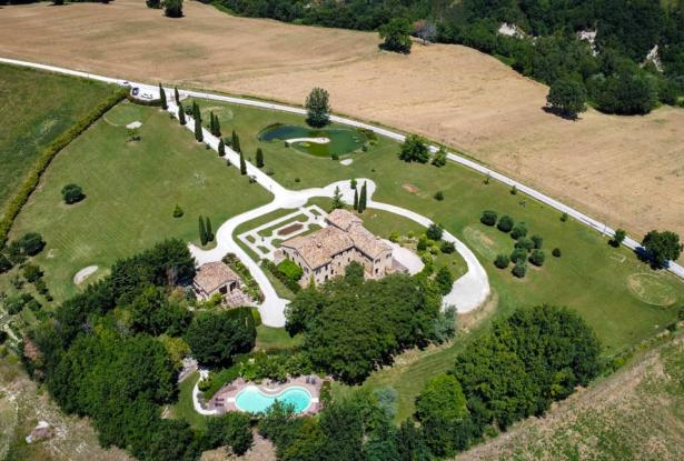 Monastery Near Treia With Golf Course And Pool, Le Marche 11