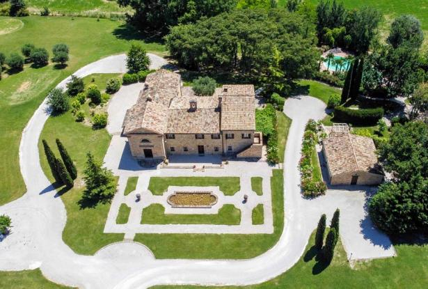 Monastery Near Treia With Golf Course And Pool, Le Marche 12