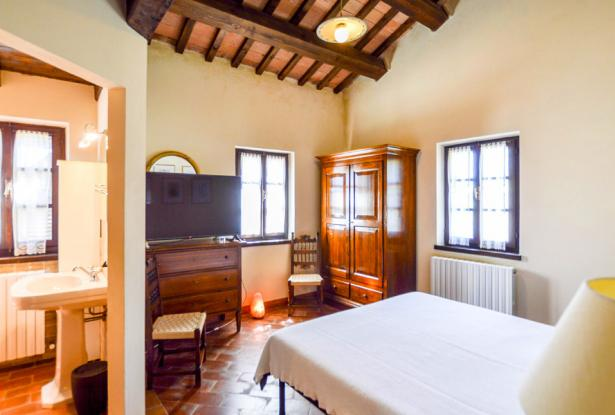 Monastery Near Treia With Golf Course And Pool, Le Marche 32