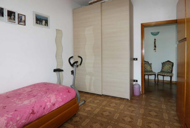 Donoratico, in the Tuscan countryside single house of two apartments with olive grove 37