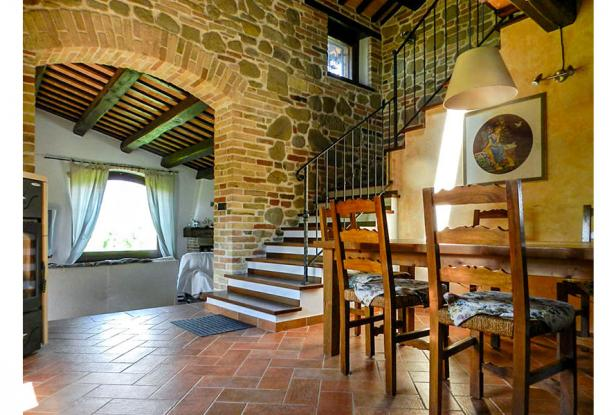 Rustic Farmhouse In A Mountain Setting, Le Marche 14