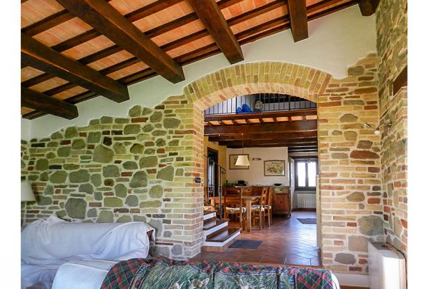 Rustic Farmhouse In A Mountain Setting, Le Marche 8