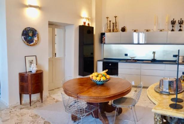 Ortigia, prestigious 2 bedroom apartment. ref 4s 2