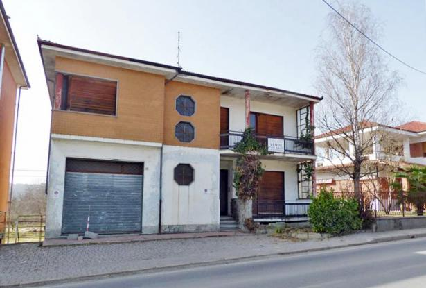 town house for sale in langhe area