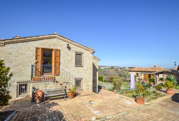Cozy Stone Farmhouse With Outbuildings in the Marche hills 9