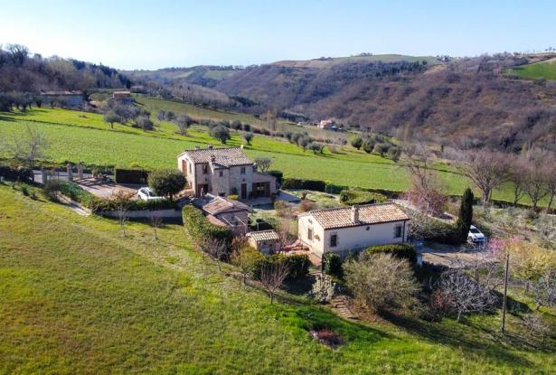 Cozy Stone Farmhouse With Outbuildings in the Marche hills 1