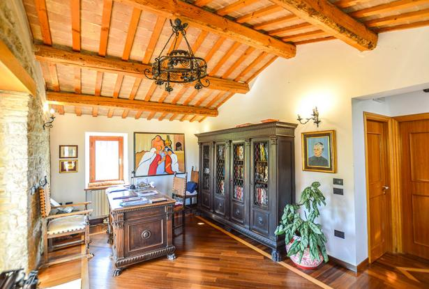 Cozy Stone Farmhouse With Outbuildings in the Marche hills 21