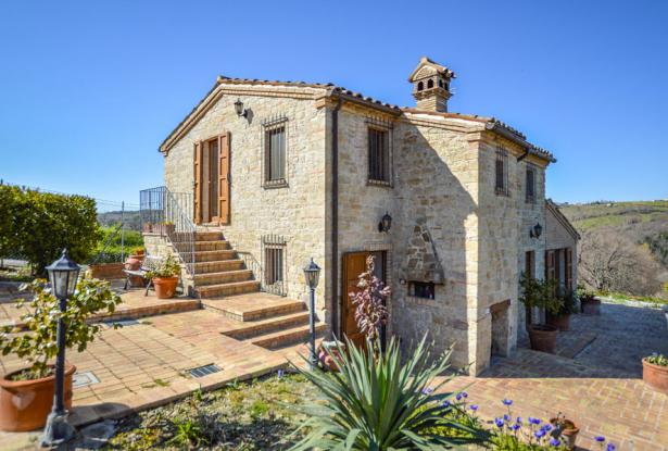 Cozy Stone Farmhouse With Outbuildings in the Marche hills 8