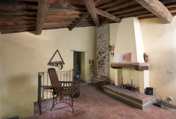 Restored Country Home for sale in Tuscany near Arezzo Ref. TCR-004  15