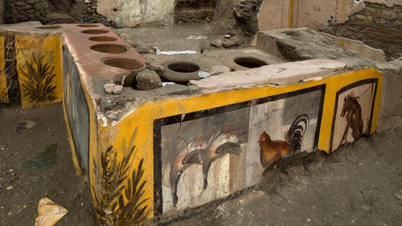 Remains of a thermopolium in Pompeii