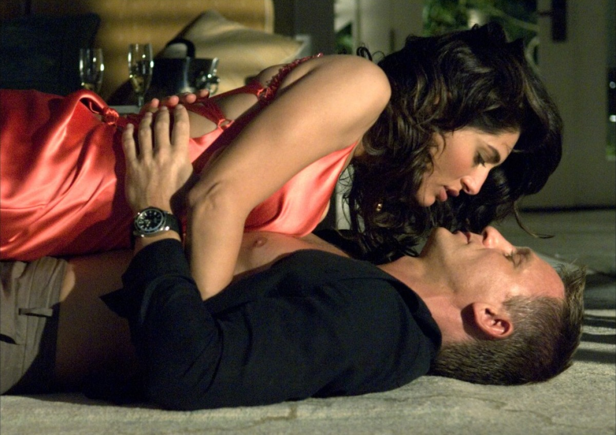 Caterina Murino and Daniel Craig